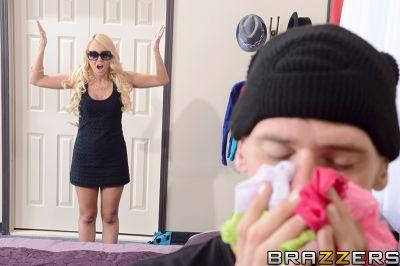 Panty-Sniffer Gets Caught! – Aaliyah Love, Johnny Sins
