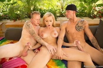 Bikini Girl Jessie Rogers in Deep Anal Drilling