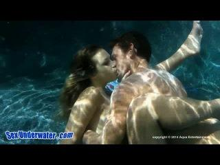 Carmen Caliente – Carmens Curves Sex Under water