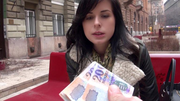Daniella Rose – Public Pick Ups – The Price of Good Pussy [Mofos]