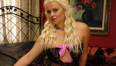 Adison Asher Curvy Blonde Lives out her Fantasy of Being Fucked in Every Holes [Kink]
