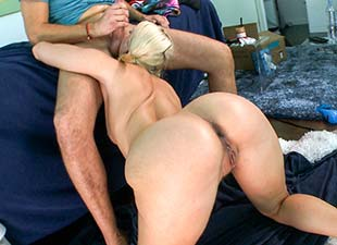Anikka Albrite – Juicy ass white girl swallows a big load