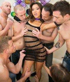 Alina Li – Asian Teen Gets A 6 Cock Cum Cocktail