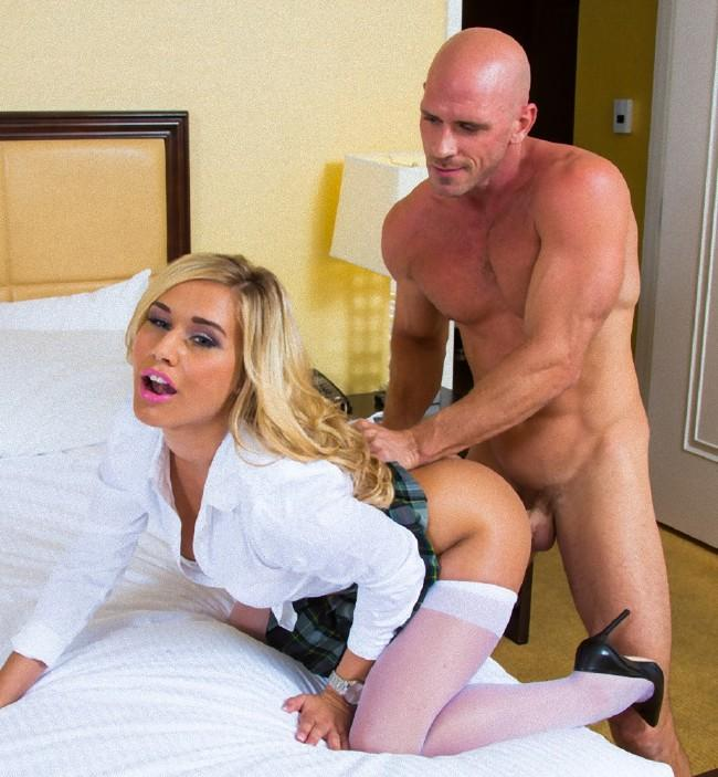 Busty cougar dayton raines cocksucking - 1 part 2