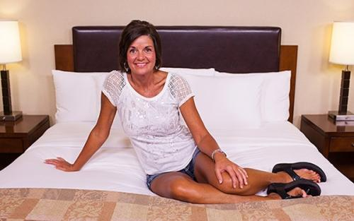 MOMPOV Tessa – 48 year old amateur southern swinger