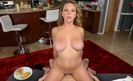 Brooke Wylde – Housewife 1 on 1