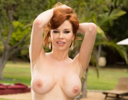 Veronica Avluv – Veronica Avluvs Ass Gets Invaded By Manuel Ferrara