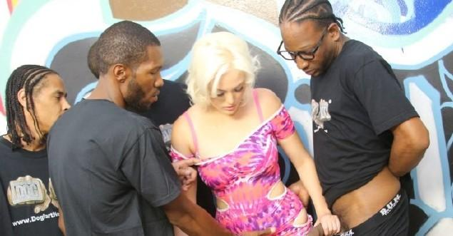 Jenna Ivory – Interracial Blowbang
