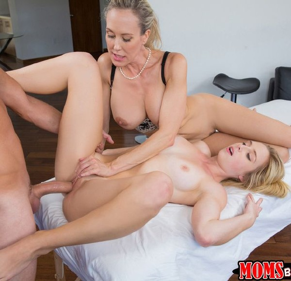 Brandi Love, Taylor Whyte – Love is in the bare