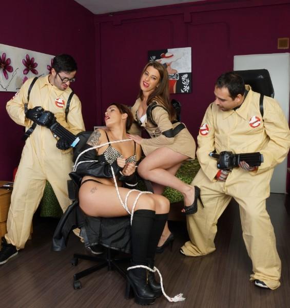 Lady Rebeca, Nick Moreno, Yarisa Duran – Girlbusters