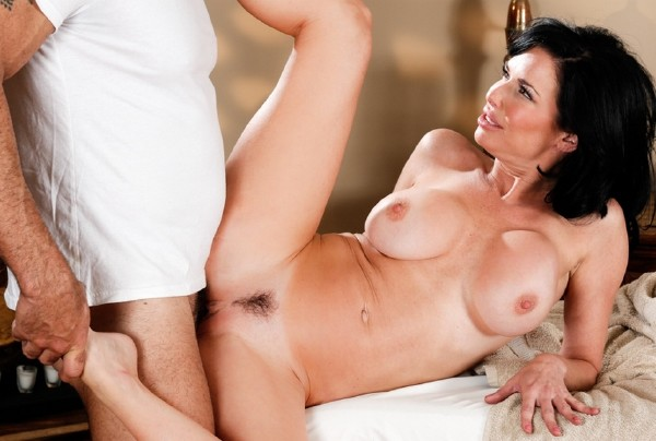 Veronica Avluv – Youre So Much Better Than Him