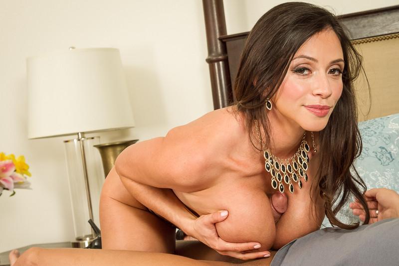Ariella Ferrera in Seduced by a Cougar