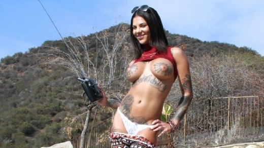 Bonnie Rotten – Squirts Everywhere