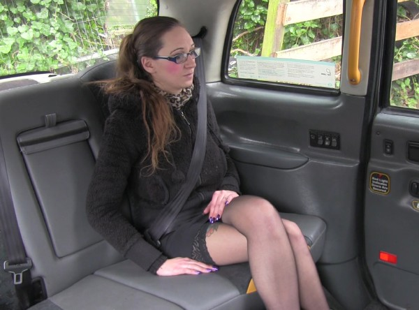 Demona – Fake Taxi E206