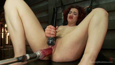 Fucking Machines – Ingrid Mouth