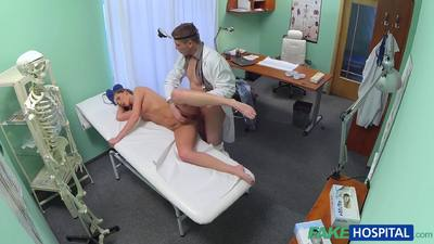 FakeHospital E140 Doctor Prescribes An Erotic Massage For Sexy Blonde Patient