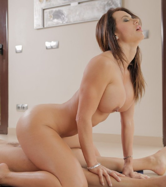 Franceska Jaimes – Early Morning Pussy