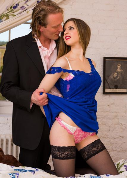 Stella Cox – Anal Queen Stella Cox Is a Cheating Wife Who Goes ATM with a Big Dick