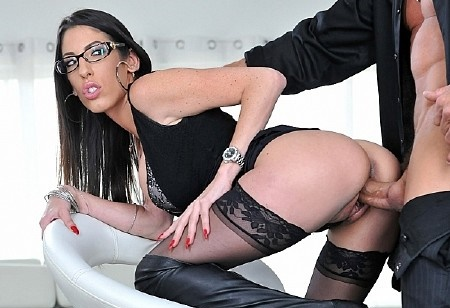 Dava Foxx – The Slut