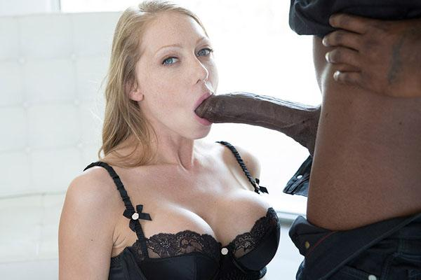 Shawna Lenee – Petite Blonde Screams On Huge Black Dick