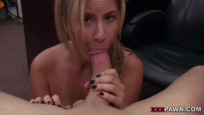 XXX Pawn – A Tip For The Waitress
