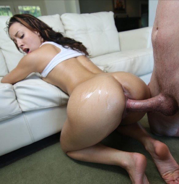 Teanna Trump – The Big Sausage For Breakfast
