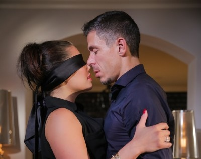 London Keys – Getting What She Wants (EroticaX)