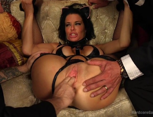 Veronica Avluv – Kitten In A Cage: Veronica Avluv FUCKED WIDE OPEN!