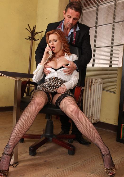 Tarra White – Dont Call In Sick Just Fuck the Boss
