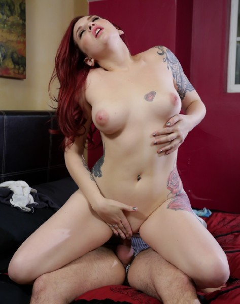Amber Ivy – DysFucktional Family Reunion – Part 2