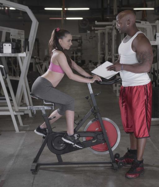Tiffany Star – Make Her Sweat