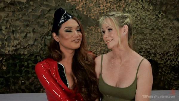 Jessica Fox, Simone Sonay – Military TS interrogation of a MILF