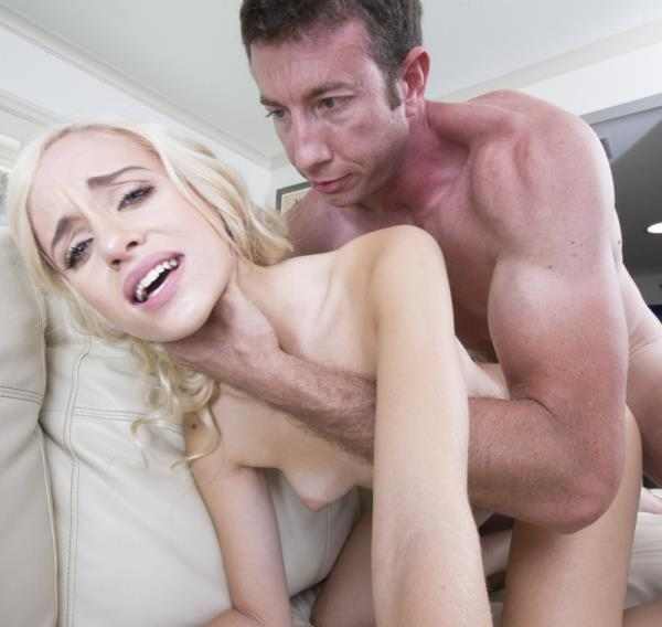 Naomi Woods – The New Hot Girl In Porn