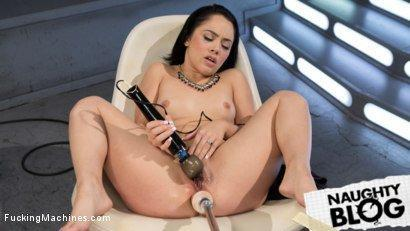 Fucking Machines – Kristina Rose