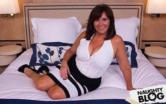 Mom POV – Renee