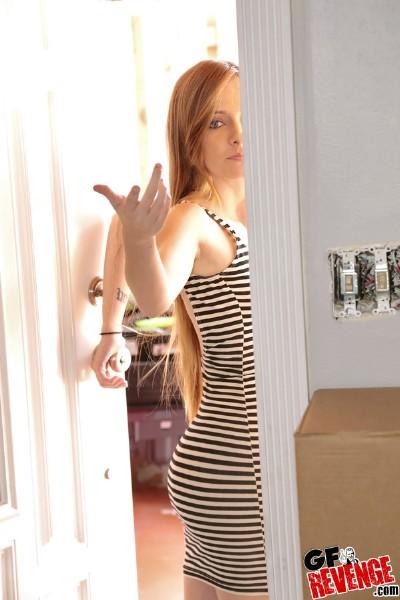 Kaylee Jewel – Gone streaking