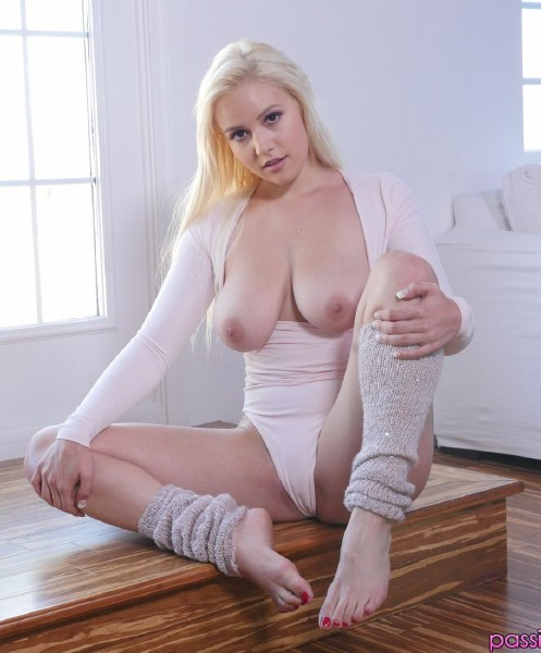 Kylie Page – Pampered and Seduced