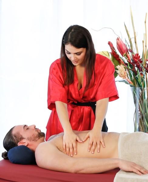 Valentina Nappi, T. Stone – Teasing Massage