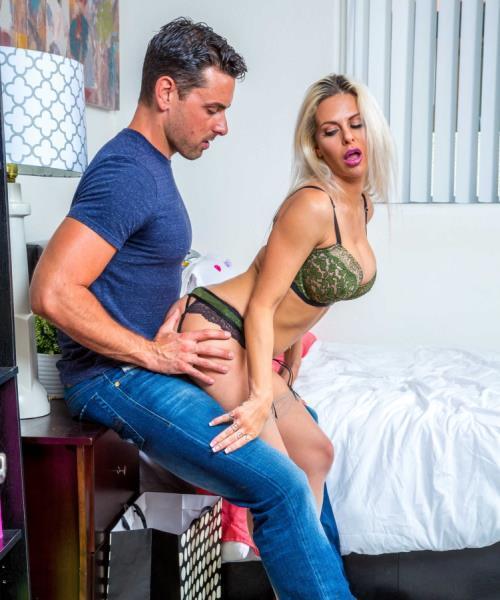 Rachel Roxxx – My Wifes Hot Friend