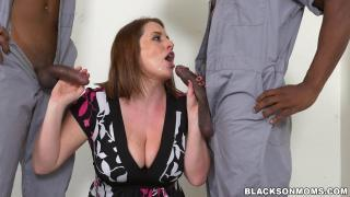 Blacks On Moms – Maggie Green