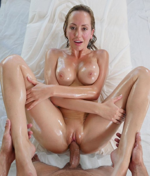 Brett Rossi – Summer Swim