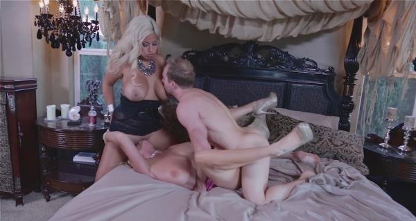 Bridgette B, Kelly Madison – Smothered By Boobies