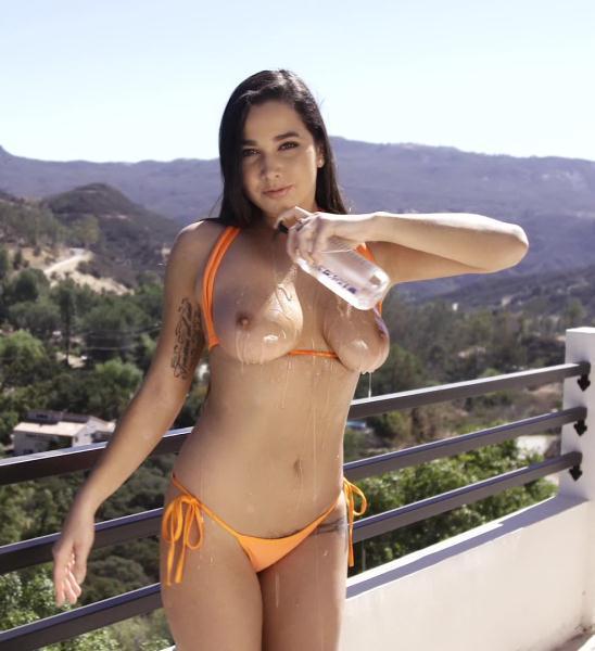 Karlee Grey – Oiled Up Natural Tits – Brunette Karlee Greys Hairy Pussy Banged