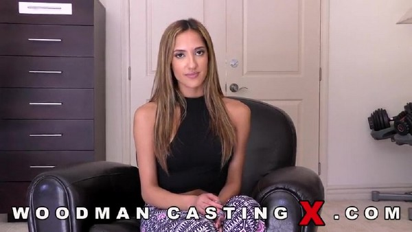 Chloe Amour – Casting X 153 –