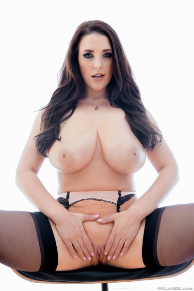 Angela White – Buxom Brits Dirty Talking POV Fuck