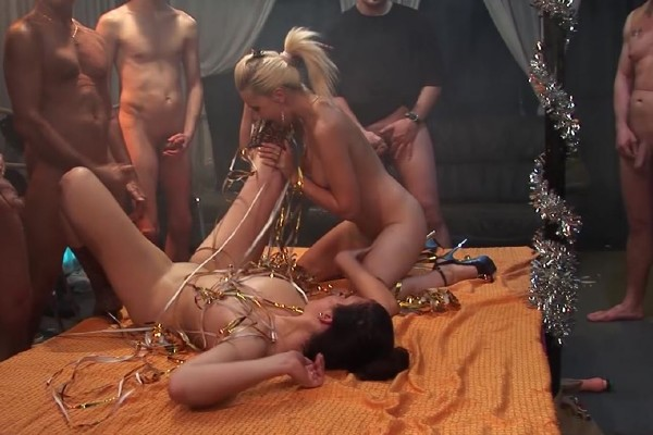 Candy, Jessica – Chicks in groupsex