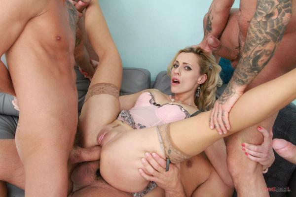 Brittany Bardot – Brittany Bardot no holes barred fuck session with SZ1645