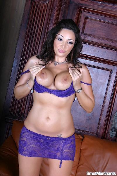 Vannah Sterling – Sexy Mom Screwed Good