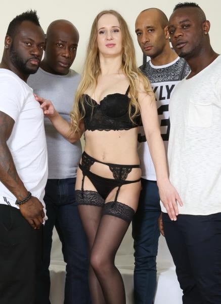 Emily Ross – Emily Ross Is A Russian Teen With A Big Appetite For Big Black Cocks IV048