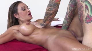 KinkySpa Claudia Valentine